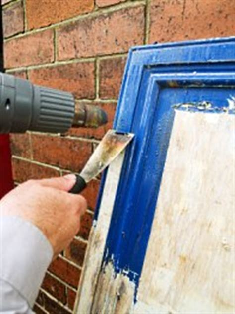 remove paint from woodwork choosing the right paint stripping technique
