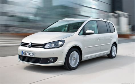 Test Drive Car by Test Drive Car Volkswagen Touran Wallpapers And Images