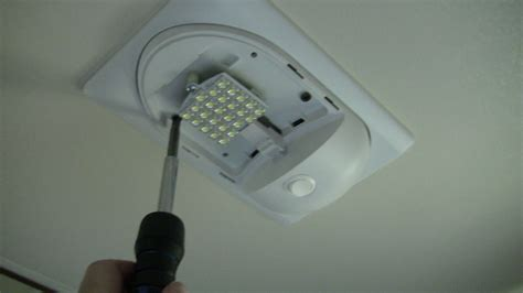 replacing rv light fixture for incandescent with led light