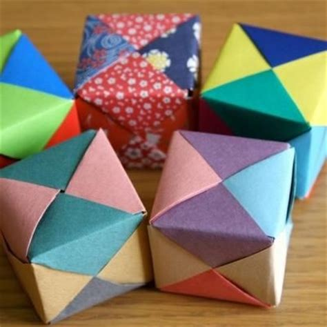 easy origami cube 129 best images about gift boxes origami cubes on