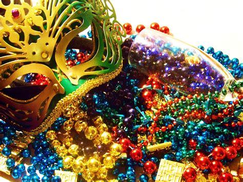 Picturespool Mardi Gras Parade Tuesday Masquerade