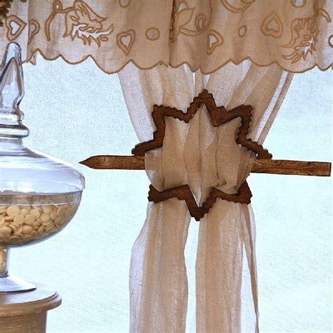 embrasse de rideau bois flocon les sculpteurs du lac