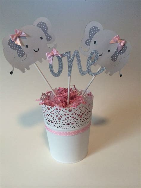 elephant themed baby shower centerpieces 25 best ideas about elephant centerpieces on