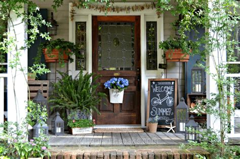 pictures of decorated front porches small front porch decorating ideas