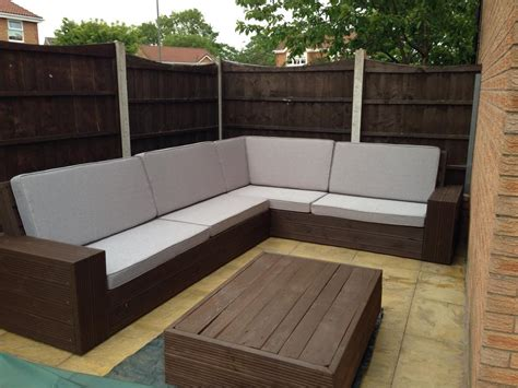 pallet sectional sofa recycled pallet project ideas the idea room