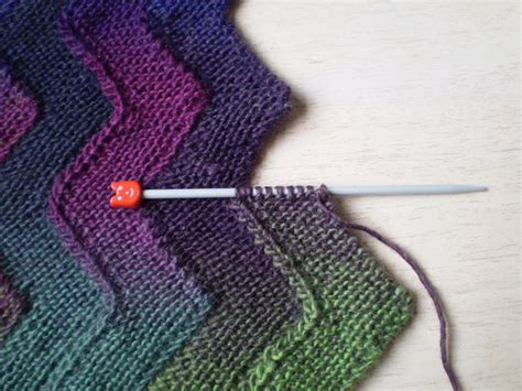 cool knitting projects 1000 images about knitting crafts on