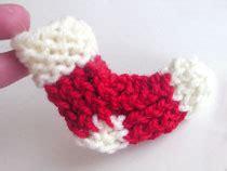 loom knit ornaments pegs needles flower loom