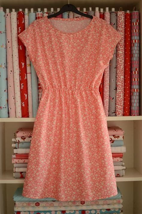 sew on dresses 25 best ideas about sewing summer dresses on