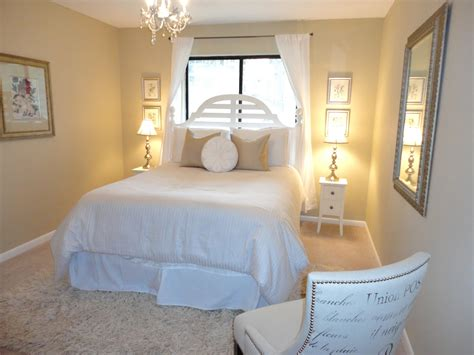 Guest Bedroom Lighting Ideas Livelovediy Guest Bedroom Makeover