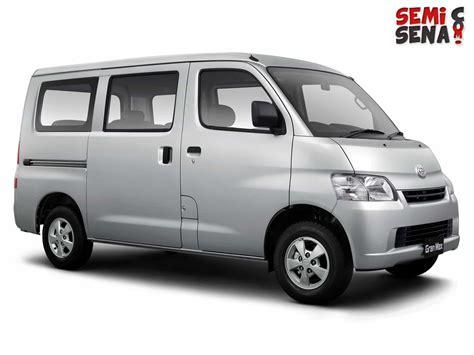 Daihatsu Gran Max harga daihatsu gran max mb minibus review spesifikasi