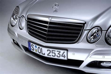 Mercedes Accesories by Mercedes E Class Estate 2003 2008 Features