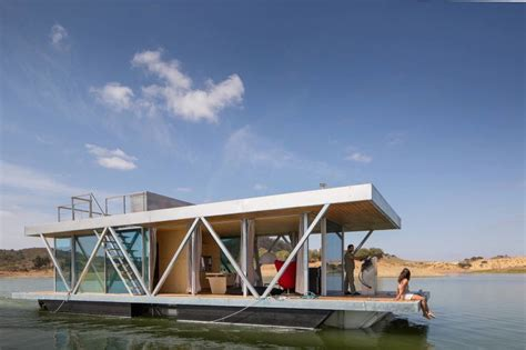 solar powered floatwing home in portugal generates a year