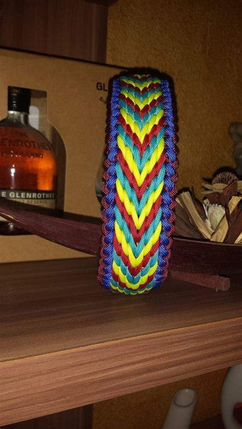 paracord craft projects on