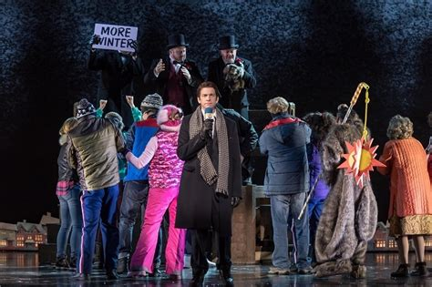 groundhog day musical tim minchin does it again with groundhog day musical