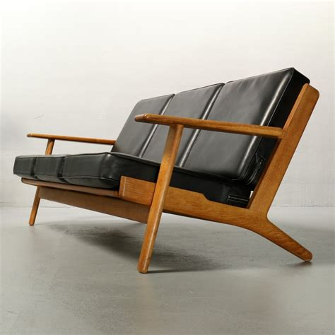 hans wegner sofa ge 290 sofa by hans wegner for getama 50393