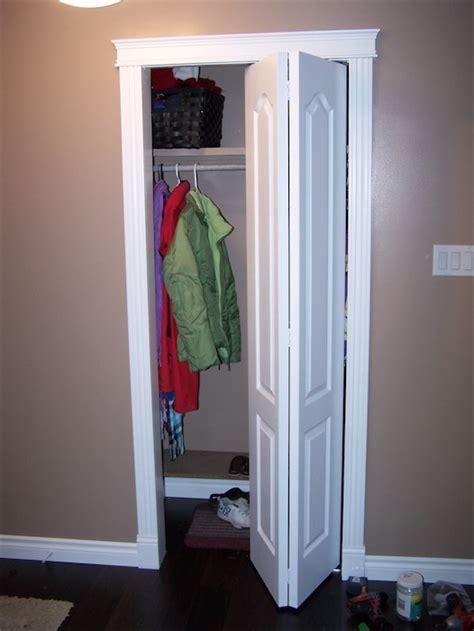 folding closet doors how to install bifold closet doors