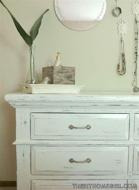 white chalk paint diy adding unique texture to furniture diy chalk paint