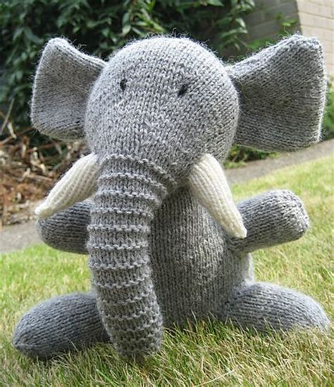 knitted elephant free pattern the world s catalog of ideas