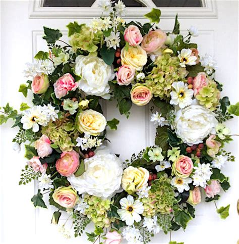 decorating wreaths for wedding flowers how to make a floral crown