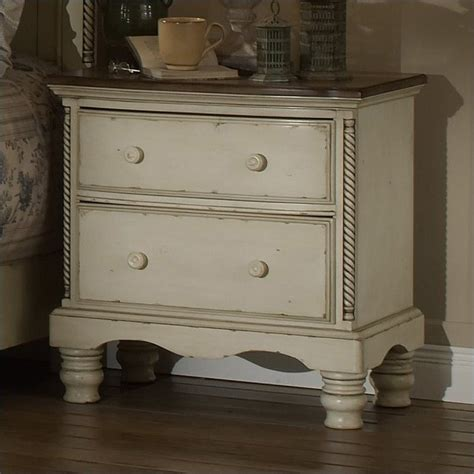 wilshire furniture bedroom hillsdale wilshire 5 bedroom set in antique white