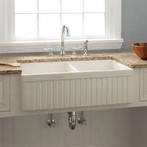 kitchen farmhouse sink 33 quot baldwin bowl fireclay farmhouse sink fluted