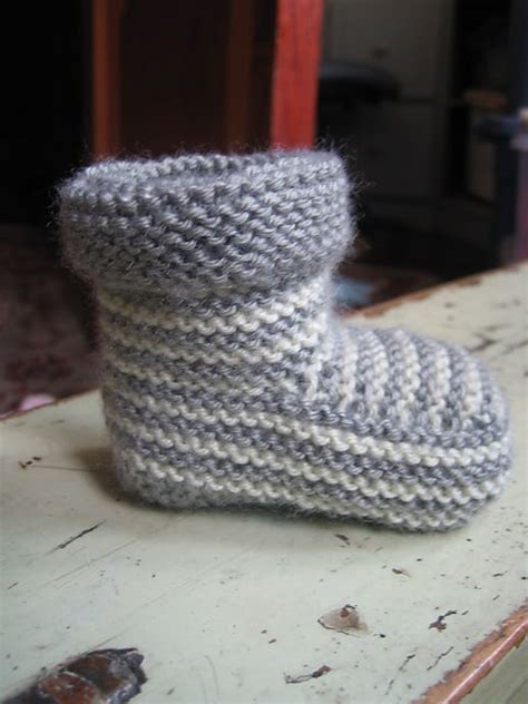 knit baby booties knitted striped baby booties pattern