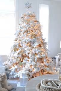 decorating a white flocked tree 26 best flocked tree d 233 cor ideas digsdigs