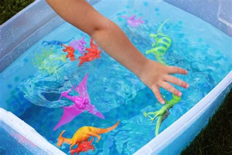 water for sensory play 25 water crafts and activities for tipsaholic