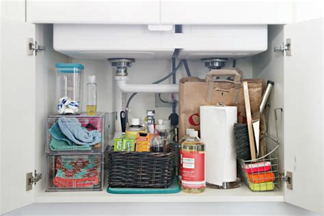 how to organize the kitchen sink iheart organizing organizing the kitchen sink