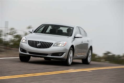 2014 Buick Regal Turbo by 2014 Buick Regal Turbo Front Three Quarters In Motion Photo 20