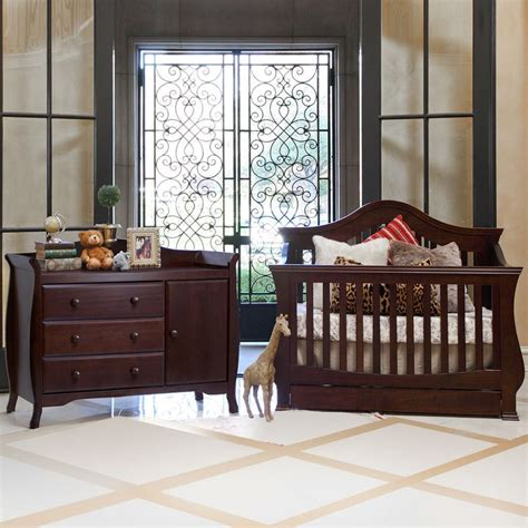 baby s convertible crib 1000 ideas about convertible baby cribs on