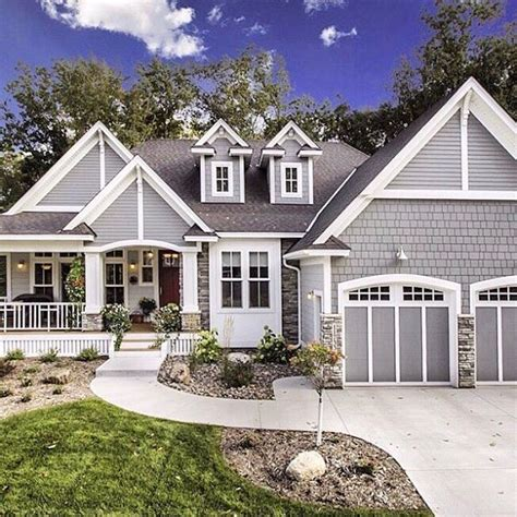 farmhouse style house 25 best ideas about craftsman farmhouse on