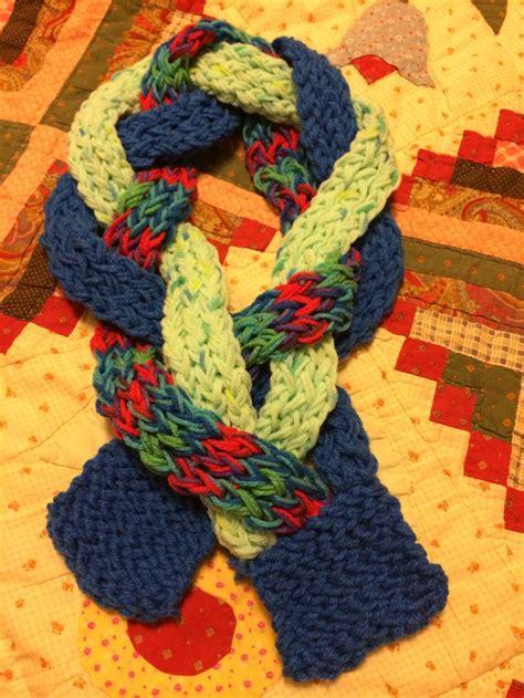loom knitting ideas 89 best yarn images on knifty knitter loom