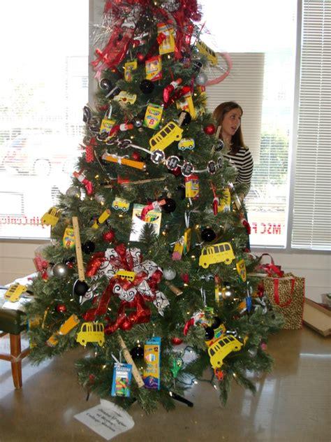 themed tree 19 tree themes c r a f t