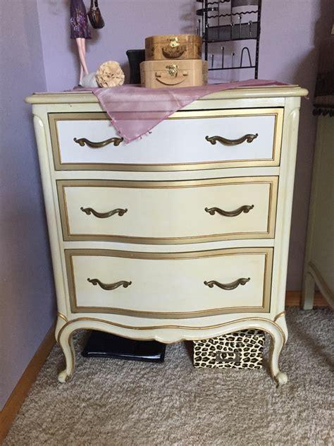 antique provincial bedroom furniture i a vintage drexel provincial bedroom