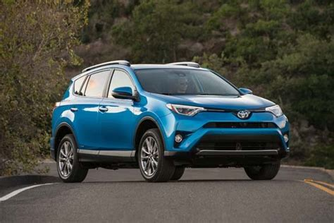 Toyota Rav4 Reviews 2016 by 2016 Toyota Rav4 Hybrid Review Kelley Blue Book