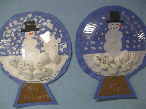 snow globe paper craft 64 best snowglobes images on winter snow