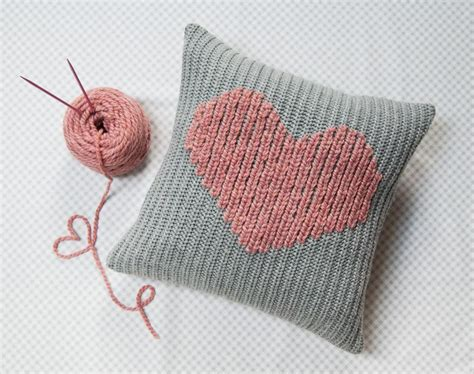 duplicate stitch in knitting you to see duplicate stitch pillow on craftsy