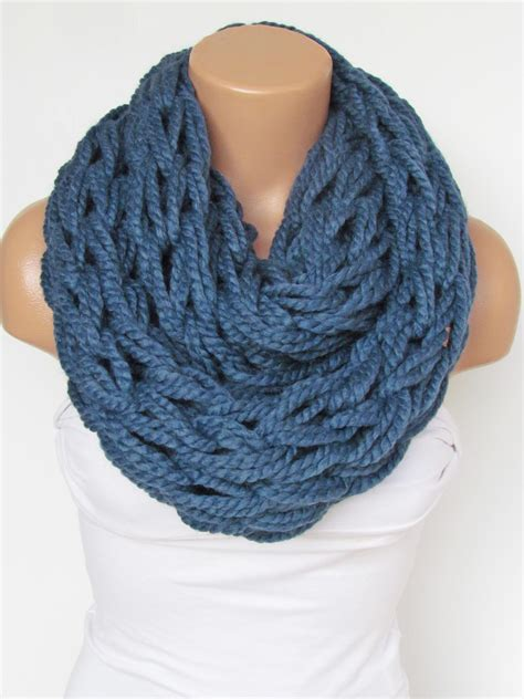 how to knit a winter scarf infinity navy blue scarf neckwarmer knitted scarf circle