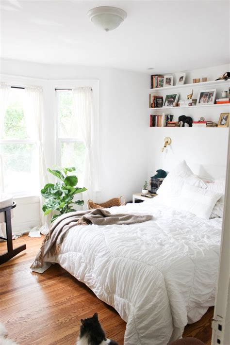 simple small bedroom design 25 best simple bedrooms ideas on simple