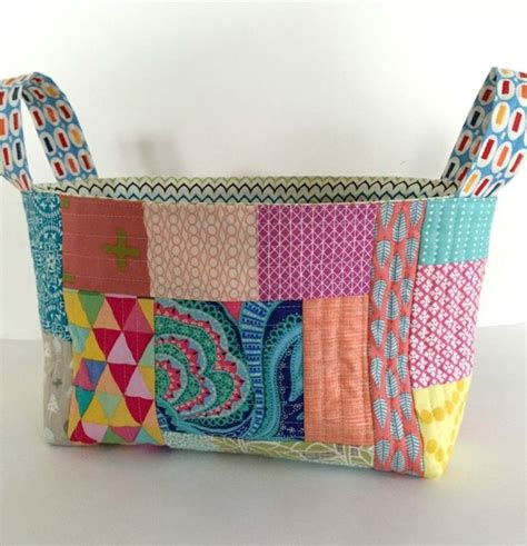 fabric craft projects 17 best ideas about scrap fabric projects on