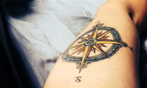 wind rose tatto tattoo pinterest wind rose and roses