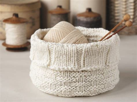 knitting baskets and practical storage baskets to better organize your