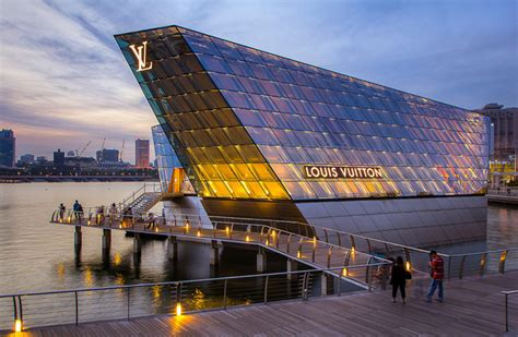 Best Home Offices 7 of the world s best flagship stores global blue