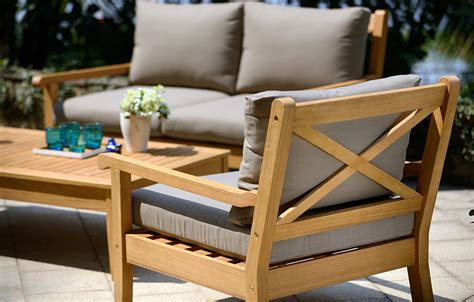 Eucalyptus Garden Furniture by Wood Garden Furniture Buyers Guide From Out And Out Original