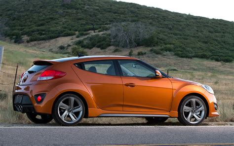 Hyundai 2015 Veloster by 2015 Hyundai Veloster Pictures Information And Specs