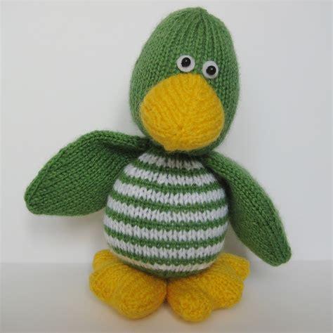 duck knitting pattern quacky duck knitting pattern on luulla