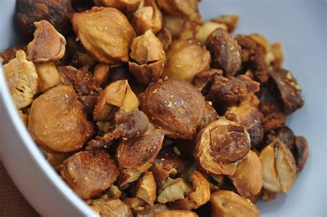 kukui nut thanh s kitchen how to roast kukui nuts candlenuts