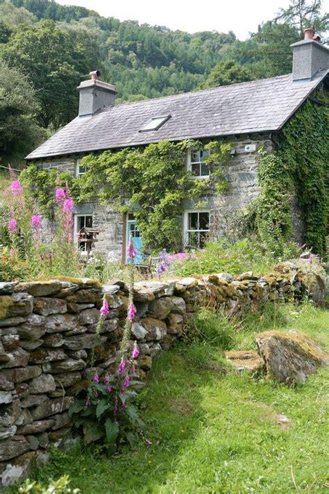 farm cottage plans best 25 farm cottage ideas on small farmhouse