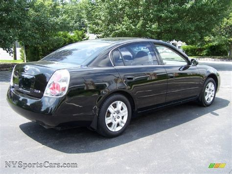 2005 Nissan Altima 2 5 by 2005 Nissan Altima 2 5 S In Black Photo 6 465373